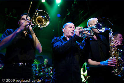 are you dead or alive? - The Busters live in der Fabrik Hamburg, Live-Fotos